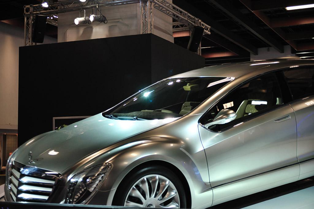 Mercedez Benz F700 concept