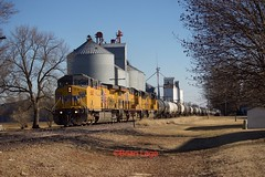 UP 6845 Gilman (eslade4) Tags: up unionpacific up6845 ac44cw up7512 ac60cw up8825 sd70ah gilman