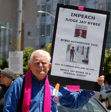 2impeach-judge-bybee!.jpg
