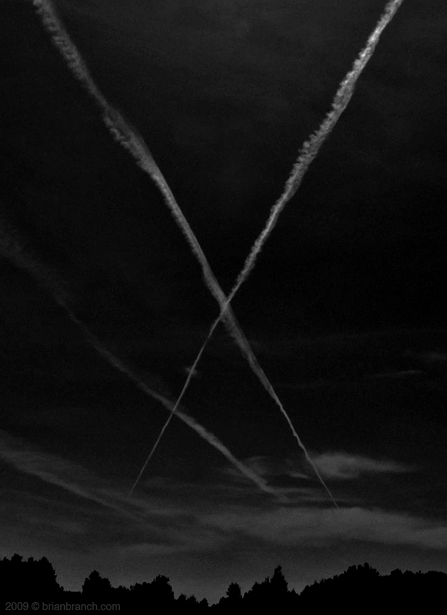 P1020887_x_in_the_sky