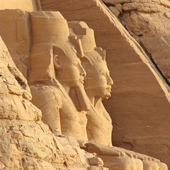 The Guardians (Marco Di Fabio) Tags: lake statue lago temple site god egypt statues ii estatuas dio pharaoh gods egipto abu archaeological nubia entry templo egitto simbel hieroglyphics divinity ingresso nasser sitio sito abusimbel guardians faraon lakenasser divinit archaeologicalsite guardiani jeroglificos arqueologico sitioarqueologico geroglifici faraone ramsete lagonasser sitoarcheologico mywinners divinidades aplusphoto ramseteii lphistory
