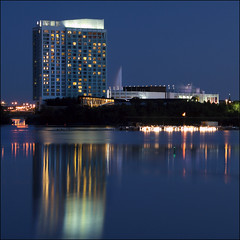 ~ 30sec of Lac-Leamy ~ (ViaMoi) Tags: longexposure travel blue summer sky canada water canon reflections photography mirror photo exposure image quebec canadian casino reflect 2009 lacleamy timeshot quebeccanada 40d canon40d viamoi 100commentgroup