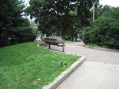 Bailey Park bench circle