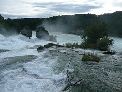 Rhine Falls - Rheinfall - Rhyfall (O de Andrade (MoScha)) Tags: schweiz switzerland europa europe suisse schaffhausen suia reno helvetia svizzera rhine rhein rheinfall rhinefall rhinefalls chutesdurhin svizra schaffhouse rhyfall sciaffusa schaffusa
