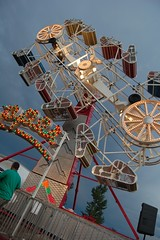 zipper (Kristine Leuze) Tags: county fair mcleod
