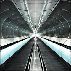 Sucked in (Maerten Prins) Tags: reflection lines station subway rotterdam metro centre curves tunnel symmetry rotterdan