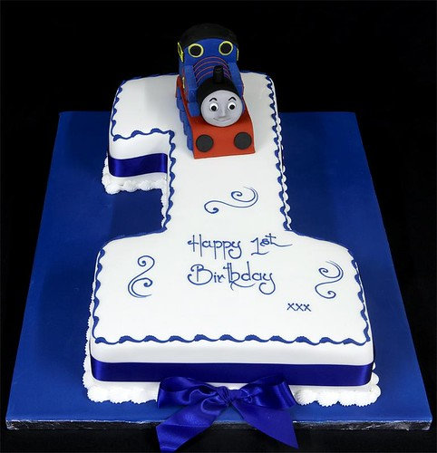 002963 Hand-Cut Figure One Birthday Cake with Thomas Tank Model