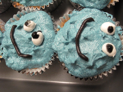 Cookie Monster Cupcakes so happy!