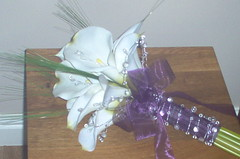 *julie 375 po* a brides large calla lily bouquet/handtied with lots of silver wired gems/bling & egg plant/purple bow