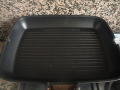 Grill pan, heating