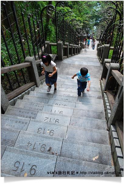 日月潭旅遊景點-文武廟年梯步道