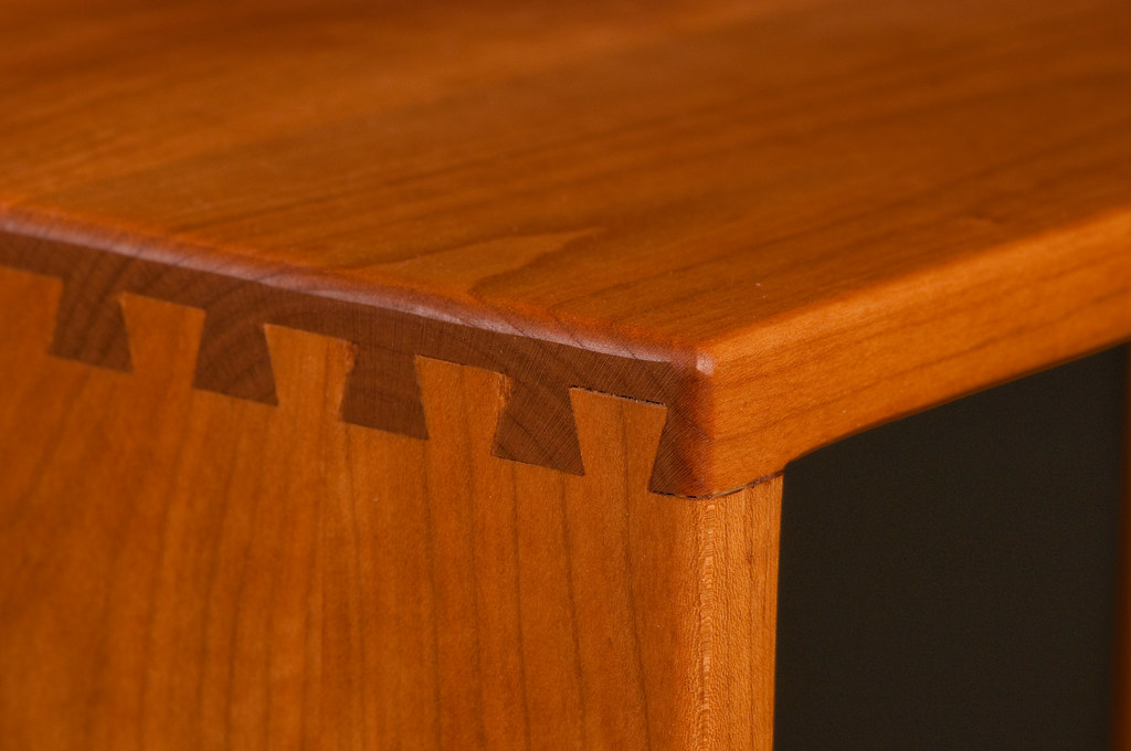 Handcrafted table and bench 4