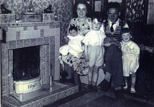 McCulloch Family, Springburn 1957