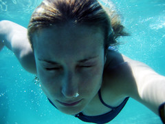 198/365 Llano de Beal (VirGeenya) Tags: españa water swim spain agua underwater murcia nadar day198 365days bajoelagua marmayor llanodebeal