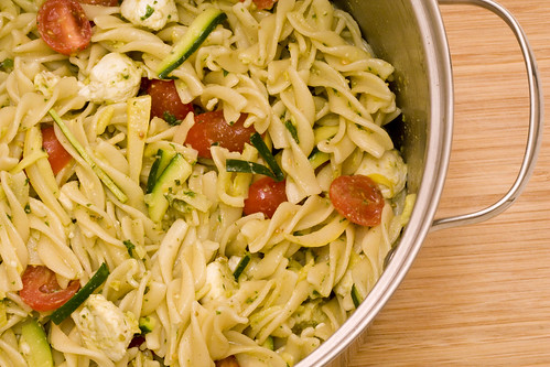 pasta-salad-pot
