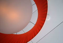 oRaNGeR LaMPeNSCHiRM (Toni_V) Tags: abstract lamp architecture 2009 d300 toniv