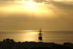sea island boat greece mykonos