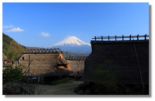 西湖いやしの里根場看富士山