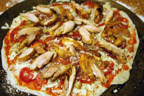 Sriracha & Chicken White Pizza