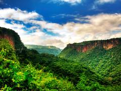 BARRANCA EN TAPALPA 1 (Jose Razo) Tags: trip travel viaje naturaleza mountain verde green nature mexicana forest trekking landscape mexico natural jalisco paisaje sierra bosque salto tapalpa barranca montaas caon cannyon