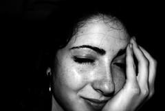 Son sourire (Toxygne) Tags: love bianconero elvira