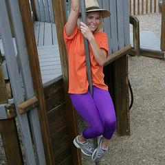 Violet Leggings. (welovecolors) Tags: fashion model montana purple violet tights hosiery leggings leggins violetleggings