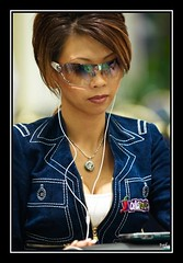 high roller (Liz Lieu) Tags: sunglasses ipod morocco pokertournament lizlieu thepokerdiva propokerplayer chilipokercom chilipokerambassador wptmarrakech huguesdeffournaisephotography specialeditionphotos