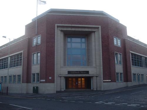Lilybank Mews Centre Entranceway