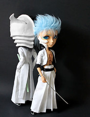 Ulquiorra & Grimmjow (RequiemArt.com) Tags: orange anime doll action ooak 4 manga bleach yang figure customized pullip quatro custom tae pullips ichigo repaint kurosaki cifer schifer taeyang ulquiorra grimmjow
