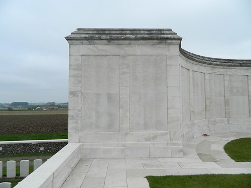 Zonnebeke: Tyne Cot Memorial (West-Vlaanderen)