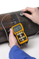 DM5E (GE Sensing & Inspection Technologies) Tags: high power temperature harsh environments ultrasonic oilgas ndt thicknessgauge nondestructivetesting corrosionmonitoring pipelineinspection