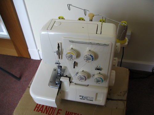 Janome MyLock New Home 134D (overlocker)