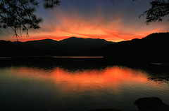 Sunset at Siskiyou (Jill Clardy) Tags: california ca sunset red orange lake mountains reflections mt rorschach 100views shasta 500views hdr 1000views npw 0709 photomatix anawesomeshot sisikyou 2009jillclardy
