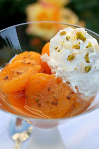 Abricots Rôtis au Muscat & aux 2 Anis & Crème Abricotée -