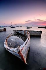 Barcas (Carlos J. Teruel) Tags: espaa atardecer mar paisaje murcia reflejo barcas 2009 soe sanpedro d300 tokina1116 xaviersam