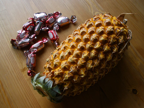 Pineapple from Sri Lanka - sweets from Abu Dhabi