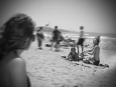 Rocking the Beach (Raimon Smit art) Tags: show sea summer portrait music sun holiday hot classic beach rock electric strand hair glasses vakantie photo sand friend warm punk long foto folk song gig performance zee pop creme burn zomer sing muziek funk acoustic writer brand zon troubadour songwriter zand handdoek elektrisch smit optreden blancket elektrische raimon akoestisch zonne marilie raimonsmit odding