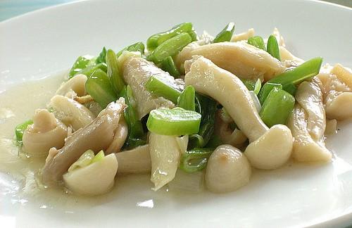 DSCN0578 White Beech Mushroom ,白玉菇