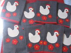 Jogo de cozinha (Elaine Rodrigues2008) Tags: galinha aplique aplicao jogodecozinha