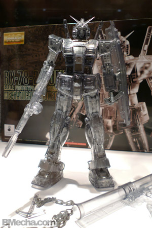 AFA 2009 Bandai Event Exclusive Item MG RX-78-2 Gundam Clear Version