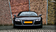 Audi R8 (ThomasGroenhuijsen) Tags: auto holland brick cars car wall de lumix high angle thomas bricks 8 spot panasonic r autos audi hdr steen ouwe r8 carspotting tik carspot fhdr dmcfz18 autogespot thomasgroenhuijsen groenhuijsen