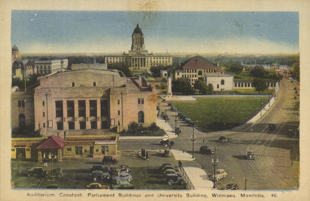 Auditorium, Cenotaph, Parliament Buildings and University Building, Winnipeg, Manitoba [ca. 1935]