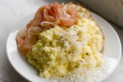 Steamed Scrambled Eggs with Proscuitto 4