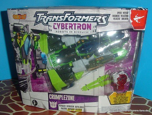 Crumplezone Cybertron Voyager Transformers 001