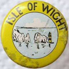 badge (chrisinplymouth) Tags: yellow vintage circle pin badge isleofwight button squaredcircle squircle needles theneedles ukbadges cw69x chrisinplymouth