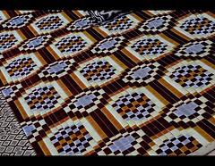 Connecting medium (manu/manuela) Tags: cruise carpet chair prayer religion egypt tapis nile egipto nil turismo sedia egitto chaise crociera egypte tourisme thonet muslimculture croisire gardien nilo preghiera tappeto guad prire lacnasser nasserlake culturemusulmane legnocurvato stylethonet boiscourb bendedwood
