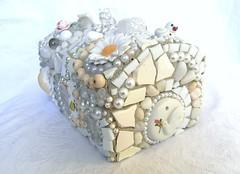White mosaic box (Waschbear - Frances Green) Tags: white elephant beads box mosaic buttons mosaics stuff marbles dawanda mosaicbox waschbear httpwaschbeardawandacom waschbeardesigns httpendawandacomshopwaschbear