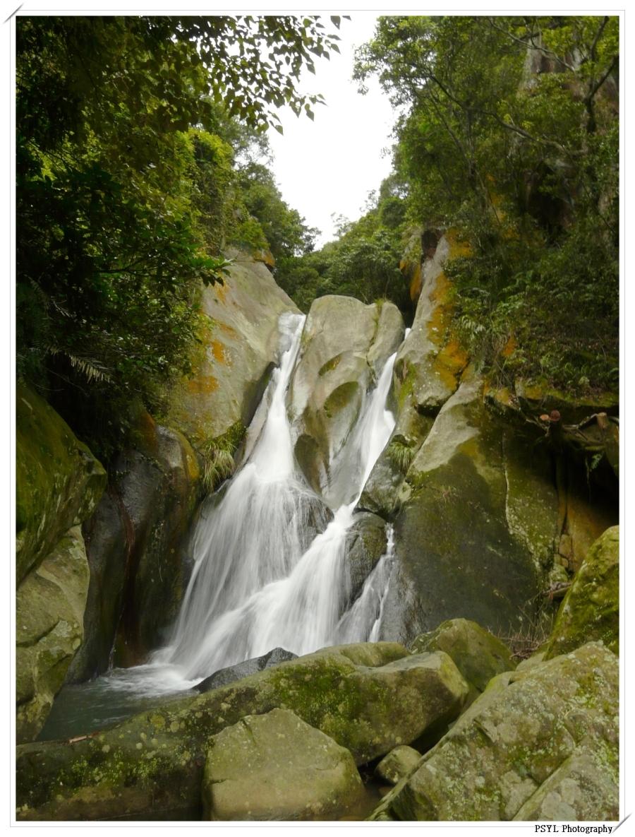 Unnamed waterfall on Liyu Mountain