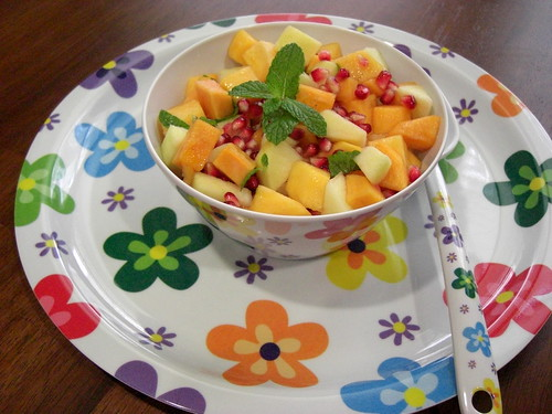 Persimmon Pomegranate Salad