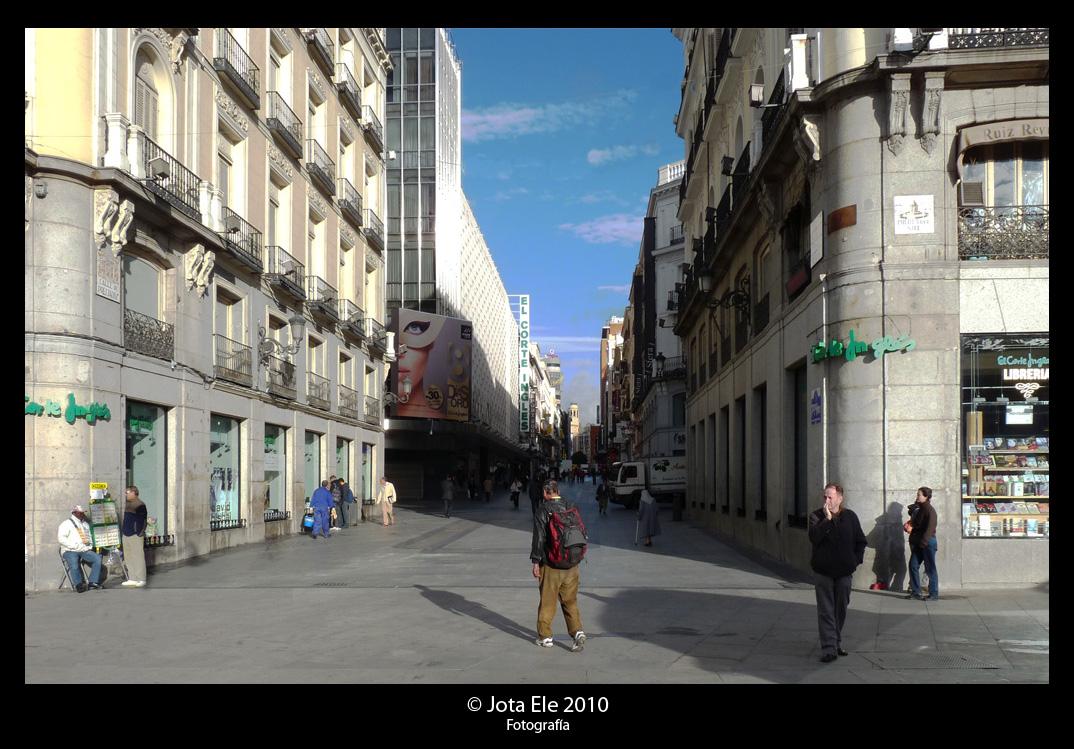 Calle Preciados II